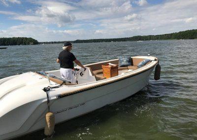 Lifestyle650 Boot von Boat4All Berlin bei der Ausfahrt auf den Krossinsee Berlin
