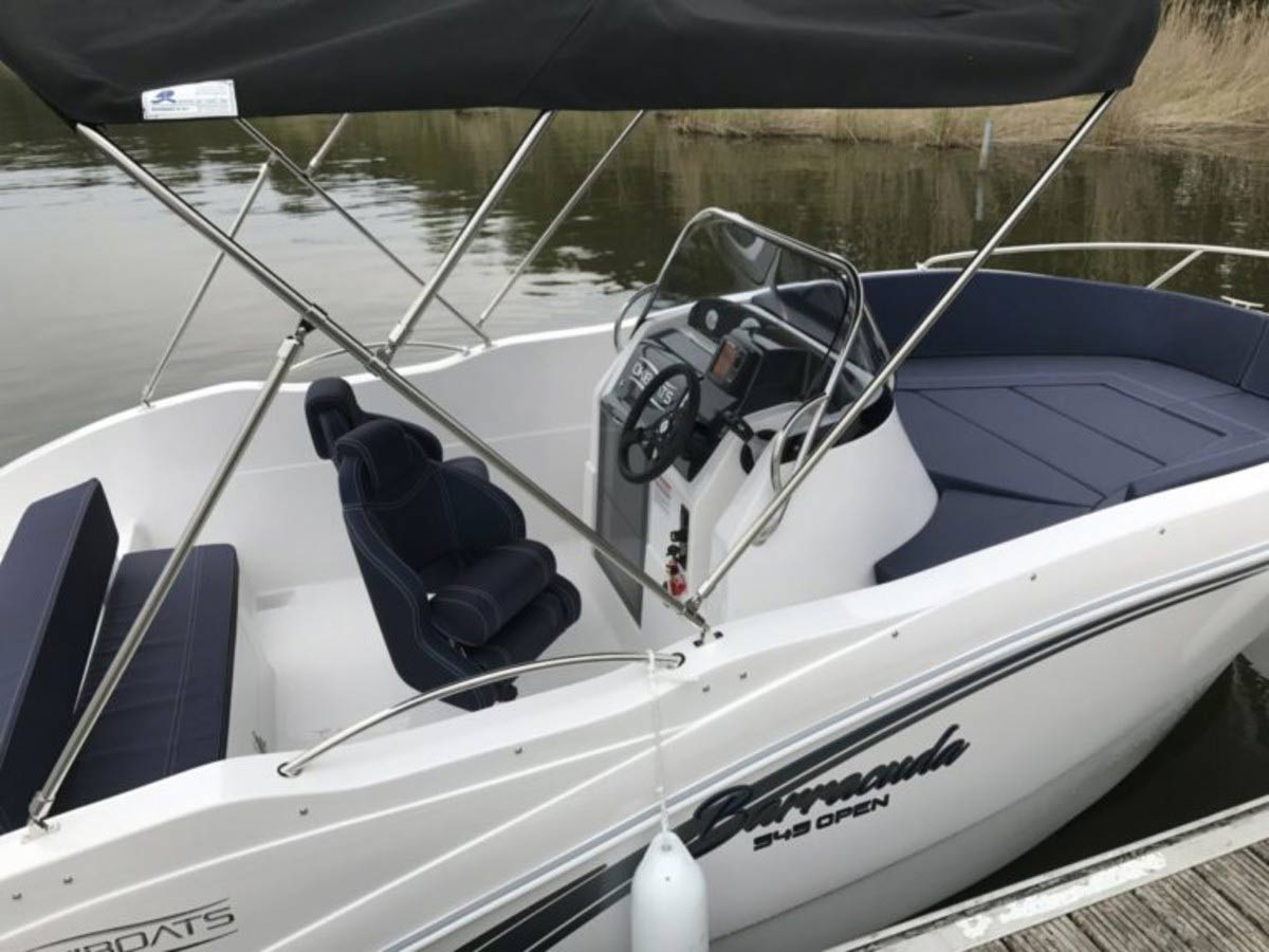 Sloep475 XL Boot von Boat4All Berlin Seitenansicht