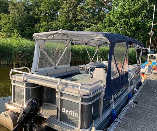 Breezy Bay Boot von Boat4All Berlin Rückansicht