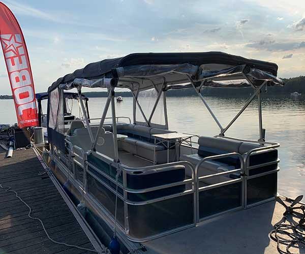 Breezy Bay Boot von Boat4All Berlin Rückansicht 2