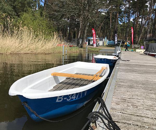 Ruderboot von Boat4All Berlin Außenansicht
