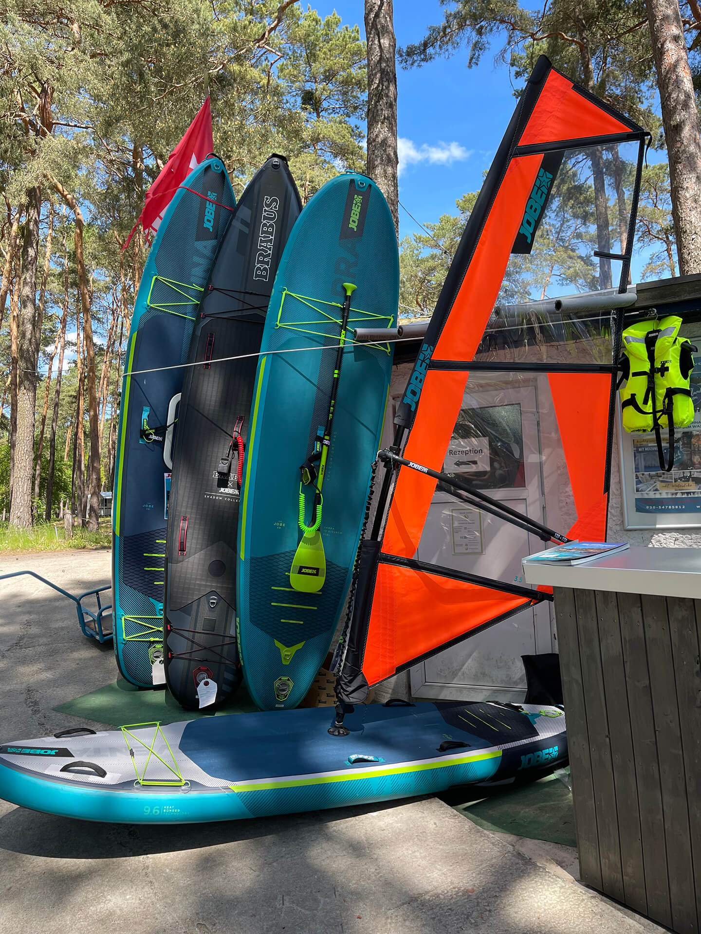 Surf SUP vom Bootsverleih Boat4All Berlin